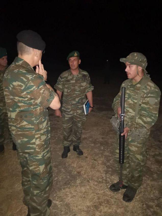 Οι καταδρομείς με τον Αρχηγό του Γενικού Επιτελείου Στρατού