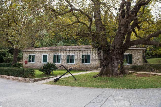 Το saιlor house δίπλα στη μαρίνα χρησιμοποιήθηκε στο παρελθόν ως σπίτι πληρωμάτων