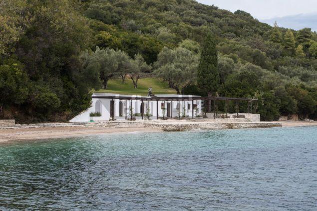 To σπίτι παραλίας όπου περνούσε τα καλοκαίρια η οικογένεια Ωνάση