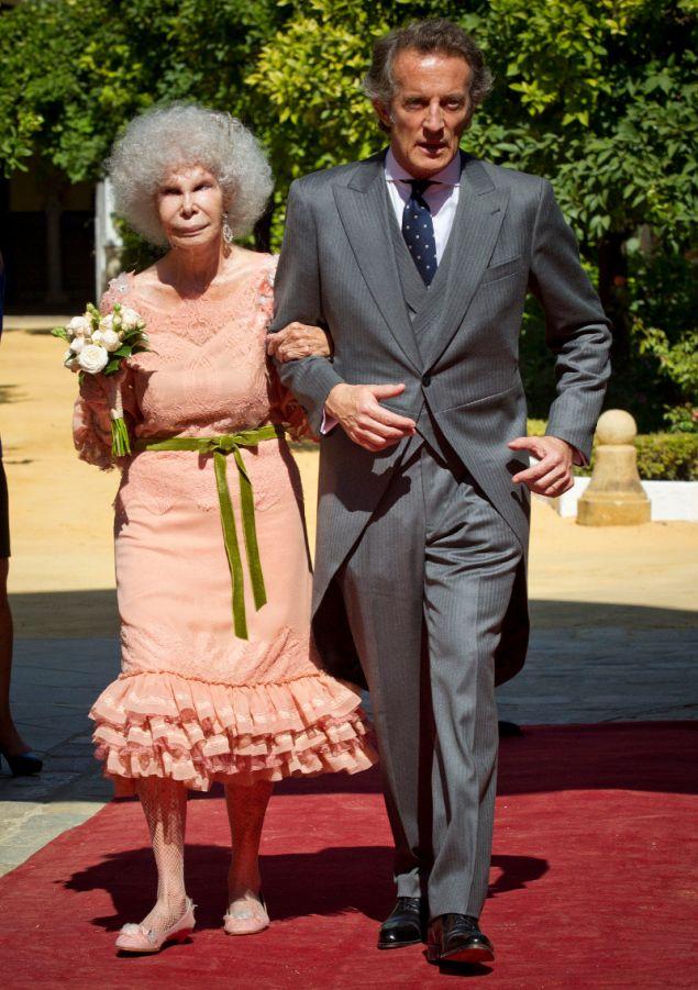 Η δούκισσα της Άλμπα με τον σύζυγός της