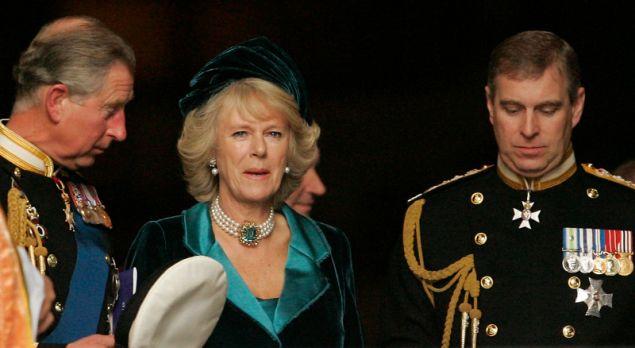 Ο πρίγκιπας Κάρολος, η Καμίλα και ο πρίγκιπας Άντριου