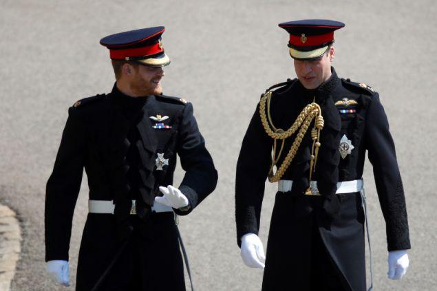 πρίγκιπας Ουίλιαμ και ο πρίγκιπας Χάρι κήρυξαν την Τετάρτη το βράδυ την έναρξη της Διάσκεψης για το Παράνομο Εμπόριο Άγριας Ζωής 2018 στο Παλάτι του Σεν Τζέιμς.
