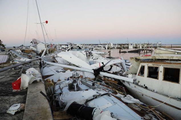 Ο Μάικλ εξασθένησε προχωρώντας προς τις νοτιοανατολικές ΗΠΑ, όμως εξακολουθεί να συνοδεύεται από ισχυρούς ανέμους και καταρρακτώδεις βροχές