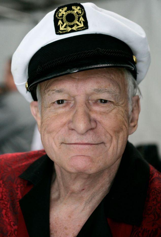 Ένα ακόμη από τα αντικείμενα που θα δημοπρατηθούν είναι και το καπέλο του καπετάνιο που φορούσε συχνά ο Χιου Χέφνερ