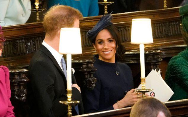 Τρία δαχτυλίδια μεγάλης αξίας φόρεσε στο δεξί της χέρι η Μέγκαν Μαρκλ