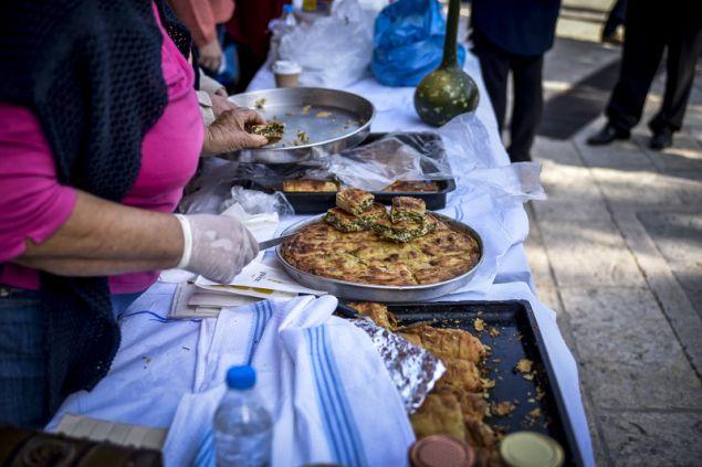 Και παραδοσιακές πίτες -EUROKINISSI/ΓΙΩΡΓΟΣ ΕΥΣΤΑΘΙΟΥ