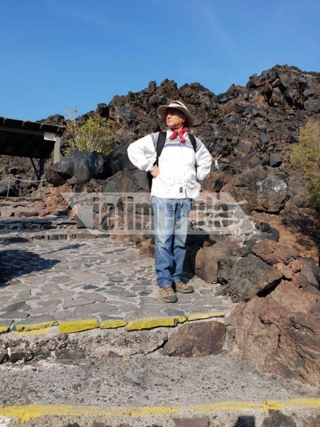 Ο ηφαιστειολόγος του ΙΓΜΕ Γιώργης Βουγιουκαλάκης