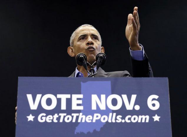 O πρώην πρόεδρος των ΗΠΑ, Μπαράκ Ομπάμα, ελπίζει οι Δημοκρατικοί να πάρουν μιαι πρώτη πολιτική ρεβάνς από τον Τραμπ (Φωτογραφία: ΑΡ)