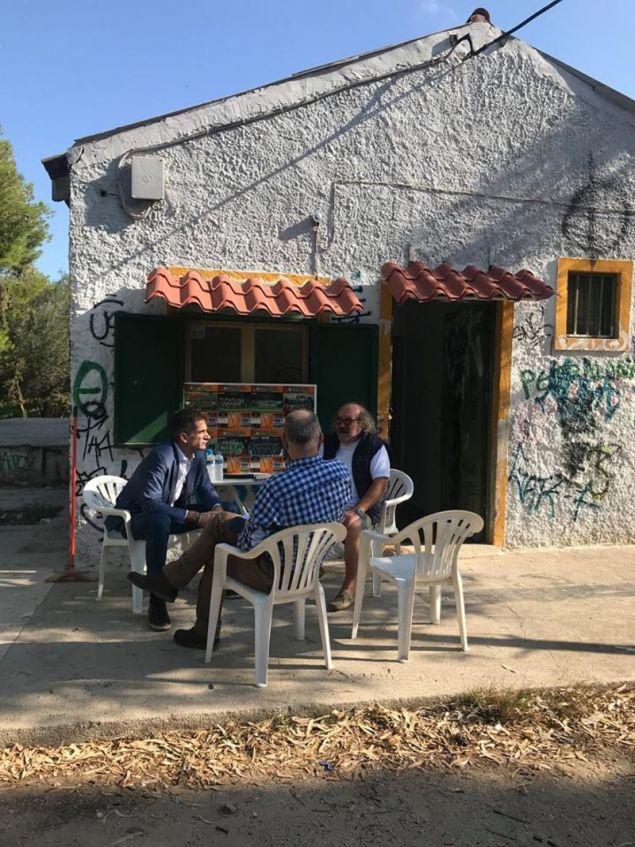 Ο κ. Μπακογιάννης συνομίλησε με κατοίκους για τα προβλήματα στις δύο περιοχές τους