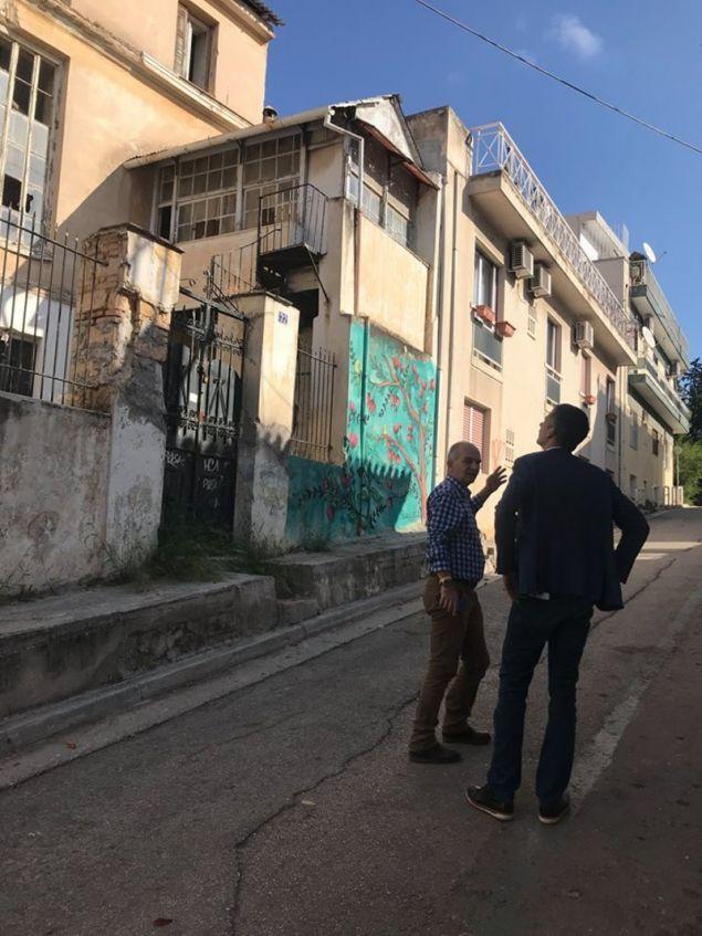 Ο υποψήφιος δήμαρχος Αθηναίων διαπίστωσε την εγκατάλειψη που υπάρχει ενώ οι κάτοικοι ζήτησαν να αποκατασταθούν οι υποδομές