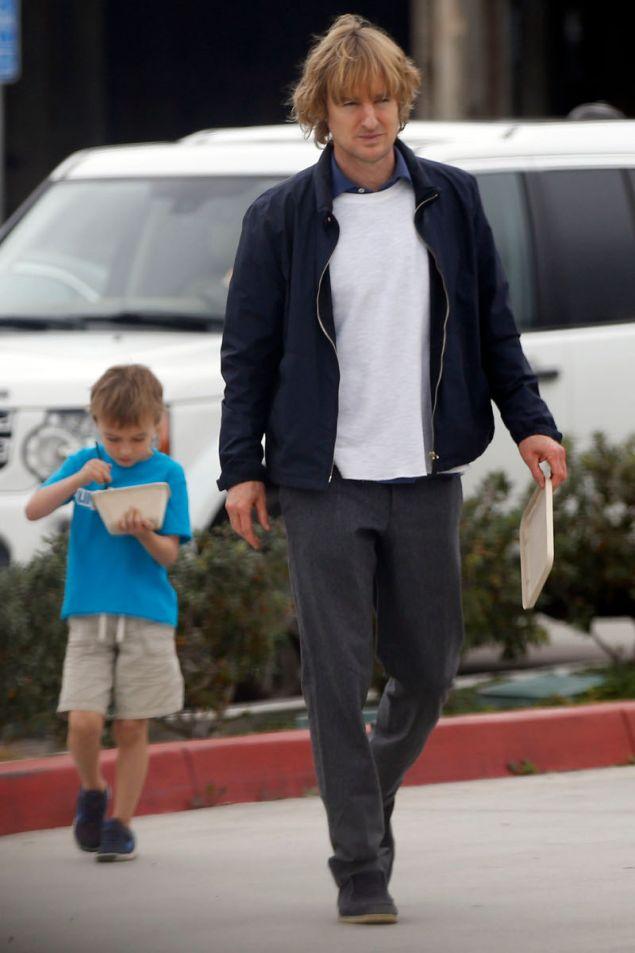 Ο Όουεν Ουίλσον με τον μεγάλο του γιο, Ρόμπερτ
