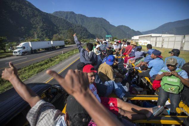 Δεν έχει διευκρινιστεί αν αυτοί που βρίσκονται ήδη στην Πόλη του Μεξικού θα συνεχίσουν την πορεία τους προς τα σύνορα με τις ΗΠΑ