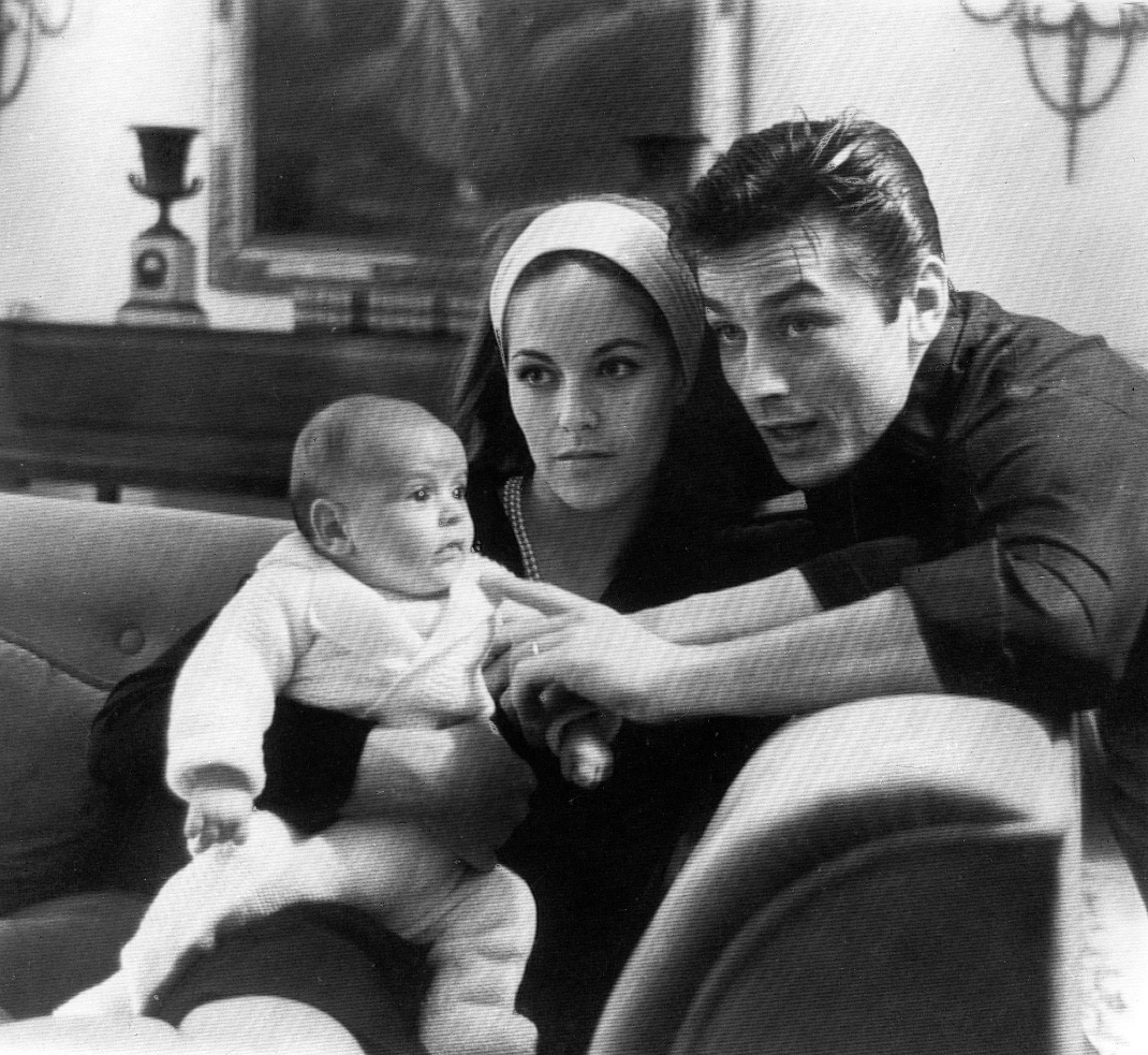 O Αλέν Ντελόν με τη Ναταλί και τον Άντονι. Φωτογραφία: AP