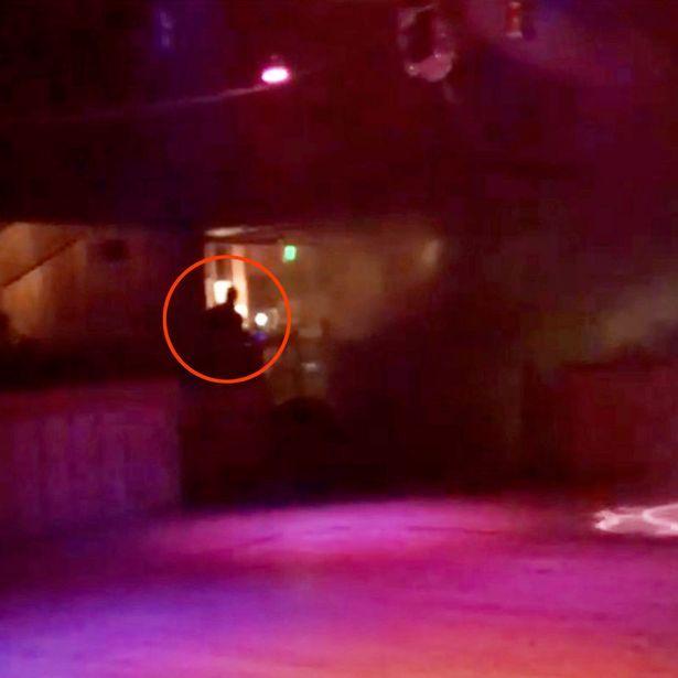 12 ζωές «θέρισε» ο πρώην πεζοναύτης στο μπαρ-ρεστοράν κι άλλα 23 άτομα τραυμάτισε στα δυόμιση λεπτά που κράτησε το μακελειό (Φωτογραφία: Instagram/mr.knapp)