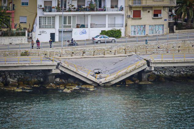 Η δεύτερη κατάρρευση γέφυρας στην περιοχή