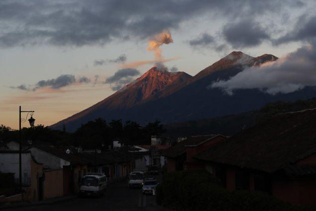 Η προηγούμενη ηφαιστειακή έκρηξη είχε σημειωθεί από την 6η ως την 9η Νοεμβρίου, χωρίς να αναφερθούν ούτε θύματα, ούτε υλικές ζημιές