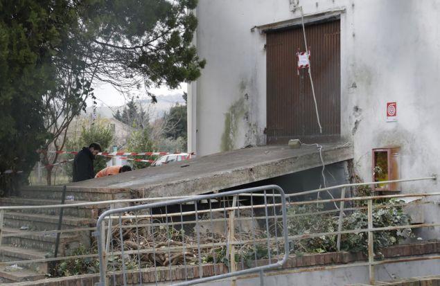 Η πίσω έξοδος κινδύνου της ντισκοτέκ ήταν κλειστή (Φωτογραφία: ΑΡ)