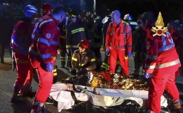 Τα περισσότερα από τα θύματα της τραγωδίας ήταν ανήλικοι (Φωτογραφίες: ΑΡ)