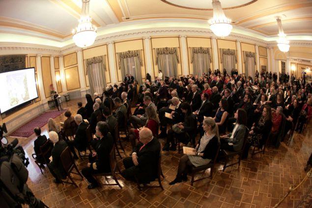 Παρουσιάστηκε χθες Δευτέρα η έκδοση «Το Προεδρικό Μέγαρο» στο ιστορικό κτίριο της Ηρώδου Αττικού.