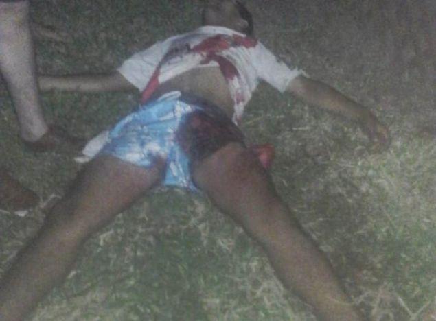 Ο νεαρός οπαδός της Ρίβερ μετά την επίθεση που δέχθηκε / Φωτογραφία: Twitter