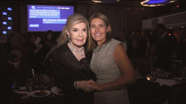 Μαριάννα Β. Βαρδινογιάννη και  Amy Petitgout- Kennedy