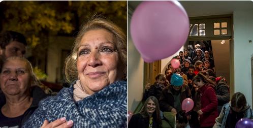 H Χοσέφα Σαντιάγκο και οι γείτονες στο σπίτι της/ Φωτογραφία: twitter/Sindicato de Inquilinas de Madrid