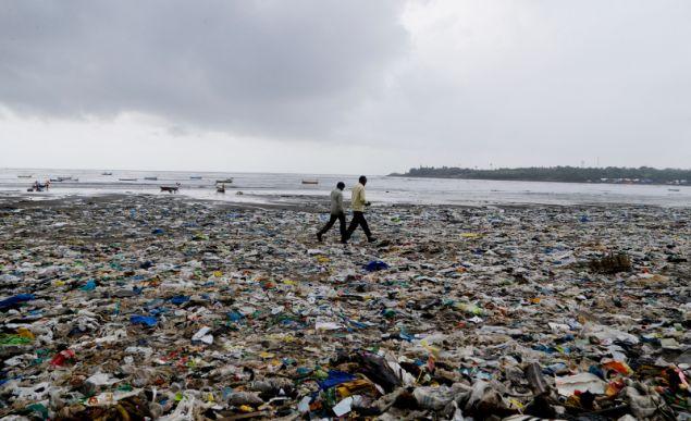 Το 95% της μόλυνσης στο βυθό είναι πλαστικά