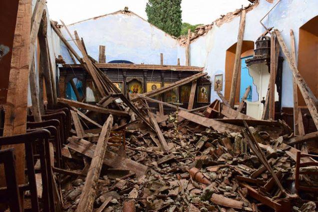 Κατέρρευσε η στέγη και μέρος του βορείου τοίχου, με αποτέλεσμα να προκληθούν πολλές υλικές ζημιές εντός του Ναού. Το επάνω μέρος του τέμπλου καταστράφηκε, όπως και τα προσκυνητάρια, τα στασίδια και ο Δεσποτικός θρόνος