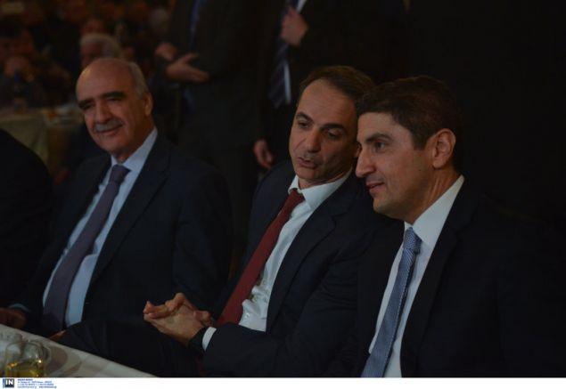 Ο Βαγγέλης Μεϊμαράκης, ο Κυριάκος Μητσοτάκης και ο Λευτέρης Αυγενάκης -Φωτογραφία: Intimenews/ΒΑΡΑΚΛΑΣ ΜΙΧΑΛΗΣ