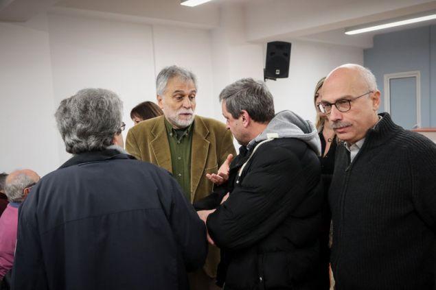 Ο Δημήτρης Χατζησωκράτης (δεύτερος από αριστερά) και ο Θόδωρος Μαργαρίτης (δεξιά) -Φωτογραφία: Χρήστος Μπόνης/Eurokinissi