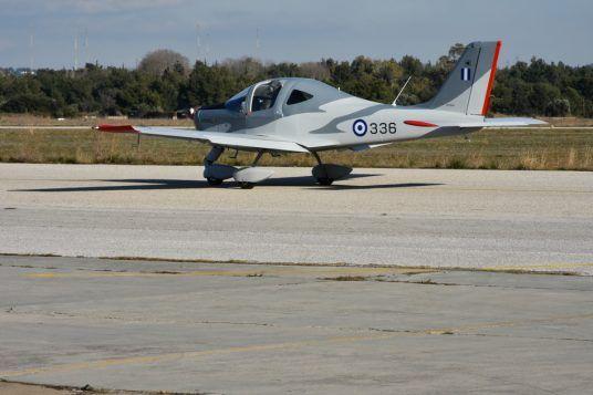 Το νέο εκπαιδευτικό αεροσκάφος αντικαθιστά το Τ-41D