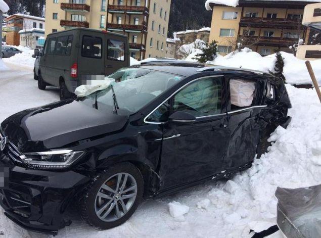 H σύγκρουση ήταν σφοδρότατη, όπως φαίνεται και από τη φωτογραφία που δημοσίευσε η ελβετική εφημερίδα Blick