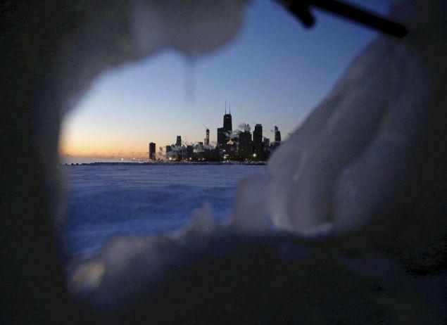 Είχαν περάσει είκοσι χρόνια από την προηγούμενη φορά που μια τέτοια μάζα παγωμένου αέρα έπληξε τις μεσοδυτικές και βορειοανατολικές Πολιτείες/φωτογραφία: AP