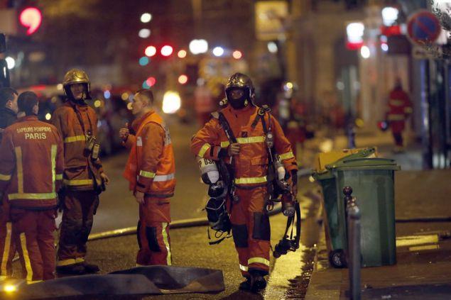 Τουλάχιστον δέκα οι νεκροί από την πυρκαγιά