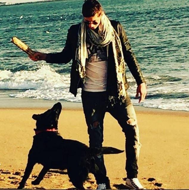 Ο Εμιλιάνο παίζει με τη Νάλα / Φωτογραφία: Instagram