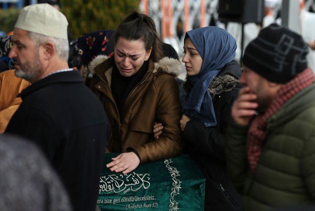 Ανείπωτος ο πόνος για τους συγγενείς και φίλους των θυμάτων (Φωτο:ΑΡ)