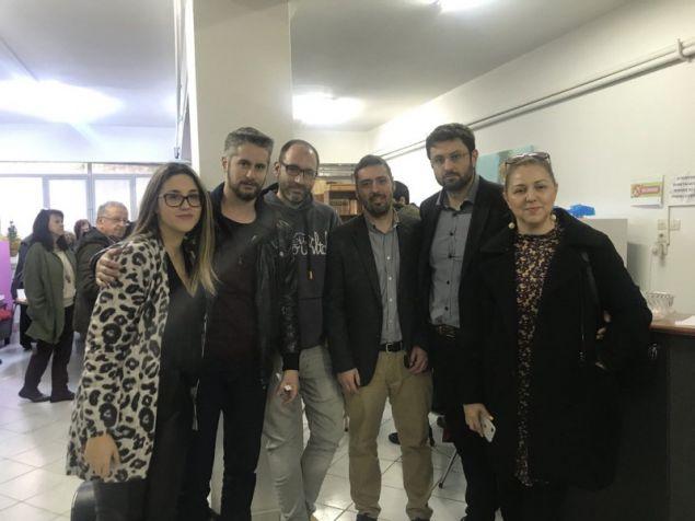 Ο βουλευτής του ΣΥΡΙΖΑ Κώστας Ζαχαριάδης μαζί με τους συντρόφους του- φωτογραφία twitter