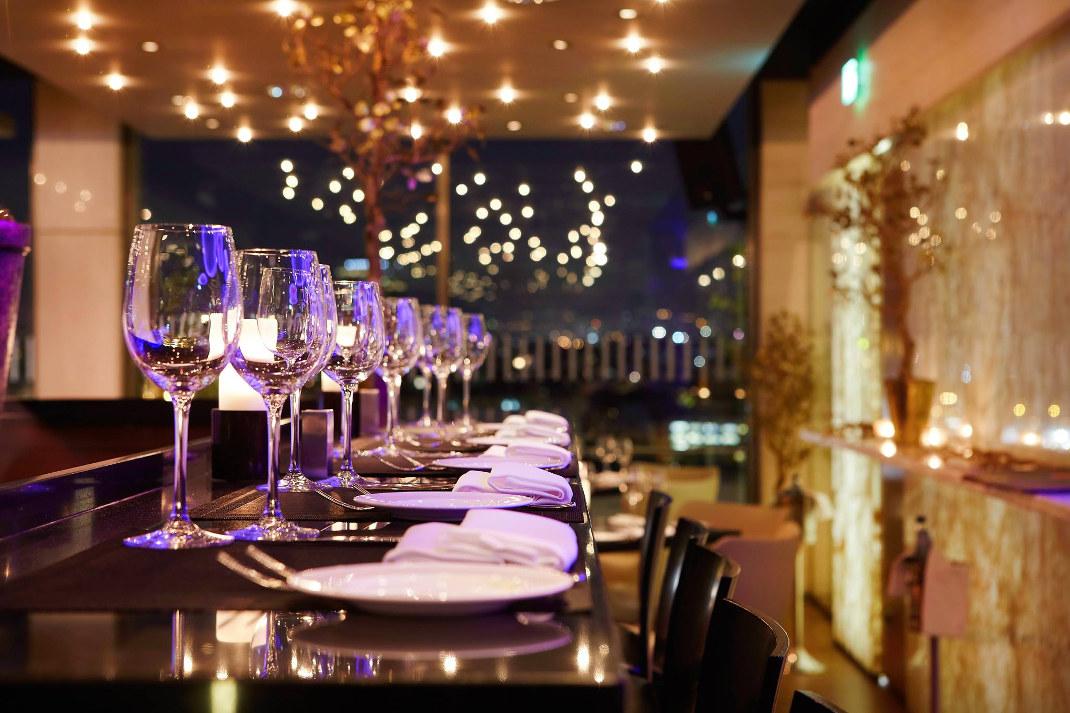 Galaxy Bar and Restaurant - Hilton Athens/ Facebook