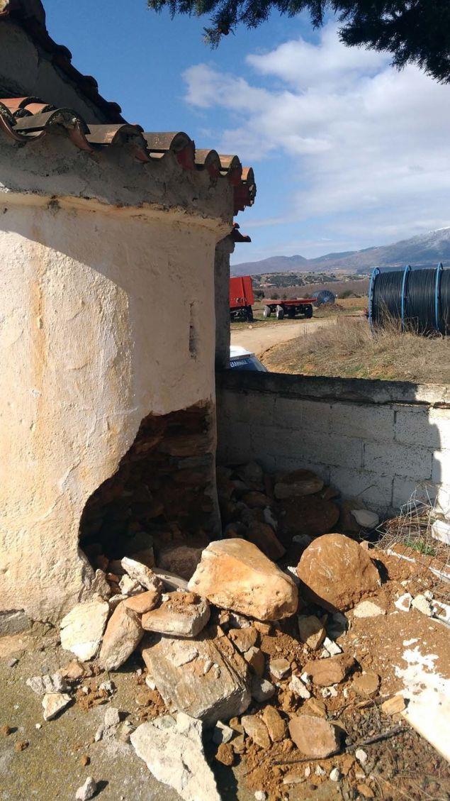 Η τρομακτική καταστροφή που προκάλεσαν στο ναό οι ιερόσυλοι / Φωτογραφία: onlarissa