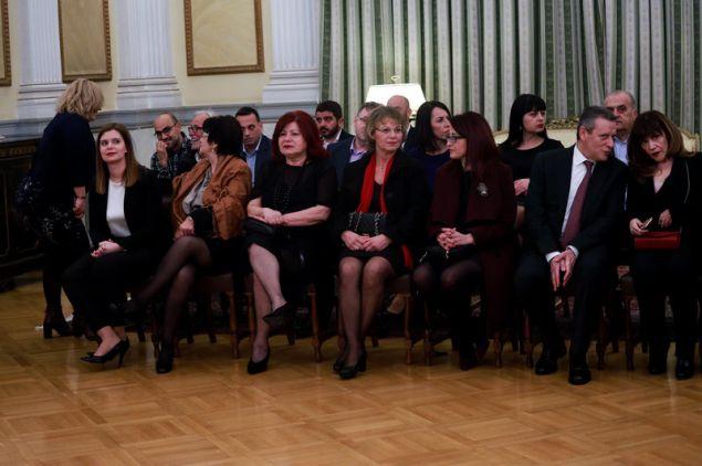 Συγγενείς και φίλοι των νέων υπουργών - (EUROKINISSI/ ΓΙΩΡΓΟΣ ΚΟΝΤΑΡΙΝΗΣ)