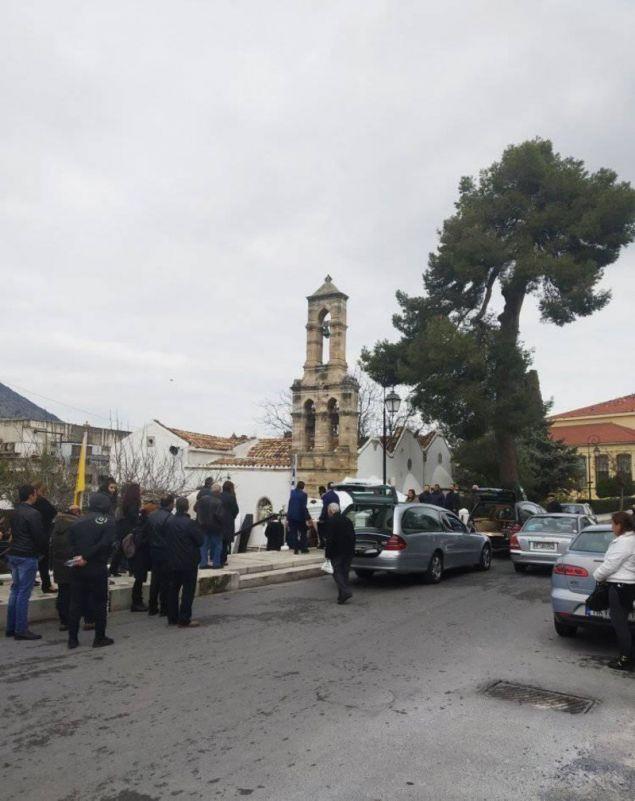 Εικόνα έξω από τον ναό / Φωτογραφία: cretapost