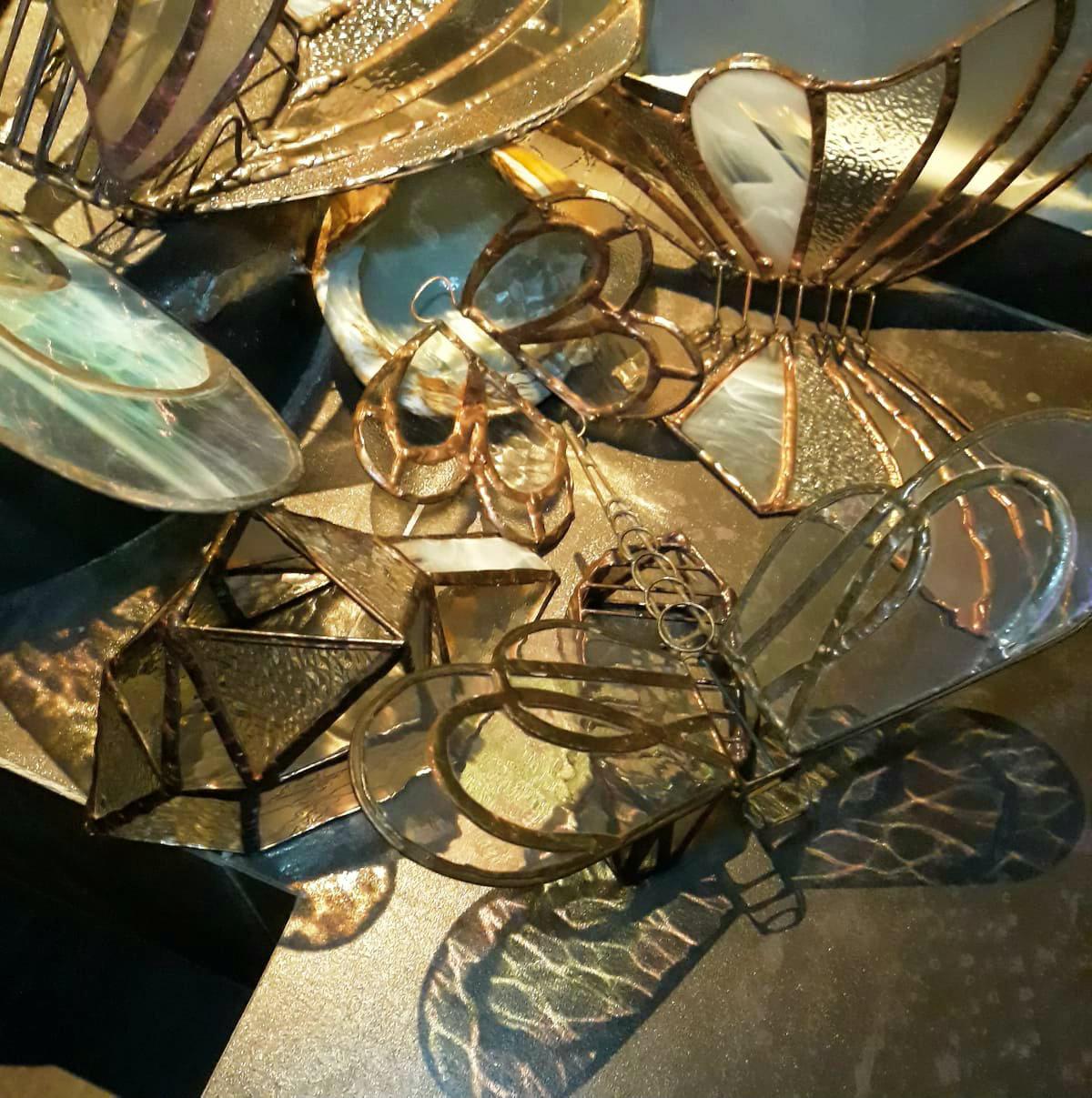 Oι γυάλινες πεταλούδες της Μαίρης