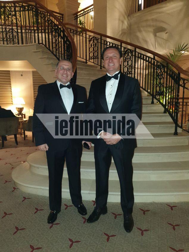 Ο δικηγόρος και προεδρος της Ελληνικής κοινότητας Μελβούρνης Βασίλης Παπαστεργιάδης με τον Γιάννη Χορόζογλου