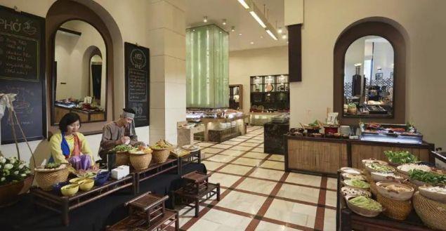 Eνα από τα δυο μεγάλα εστιατόρια του Melia Hotel / Φωτογραφία: Melia Hotel Hanoi