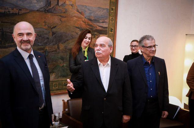 «Η ΕΕ και η Ελλάδα έχουν πάλι μια κανονική, ομαλή σχέση», είπε ο Ευρωπαίος Επίτροπος