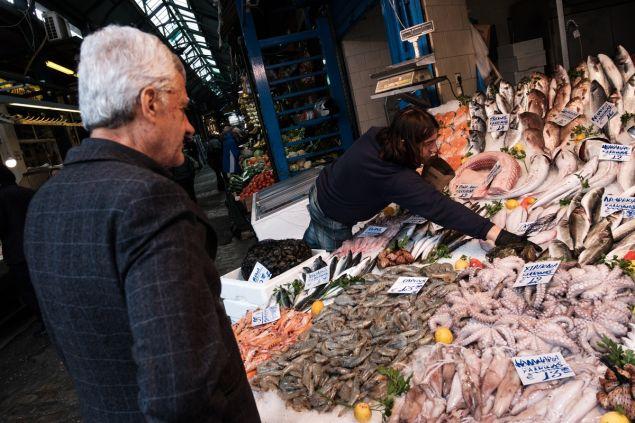 Από όλα έχουν οι ψαράδες και με τις τιμές να ποικίλουν