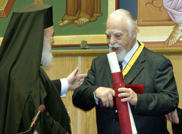 Βράβευση από την Εκκλησία της Ελλάδος με το Παράσημο του Απόστολου Παύλου (Φωτο: Eurokinissi)