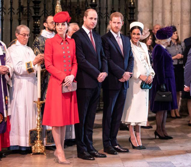 Η Μέγκαν Μαρκλ και ο πρίγκιπας Χάρι χωρίζουν το γραφείο που μοιράζονταν με τον πρίγκιπα Γουίλιαμ και την Κέιτ Μίντλετον
