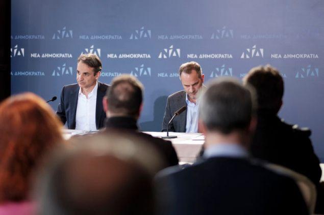 Ο Κυριάκος Μητσοτάκης και ο Κωνσταντίνος Ζούλας στη συνέντευξη Τύπου στην Ξάνθη