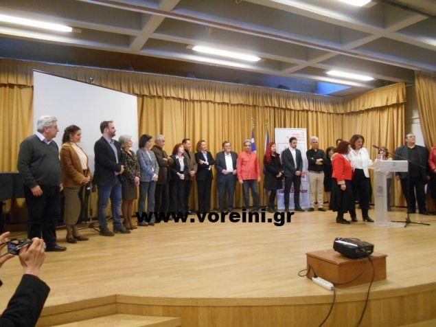 Η Αγγελική Παπάζογλου παρουσιάζει τους υποψήφιους συμβούλους της